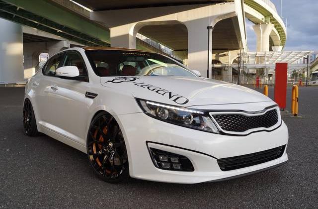 車両価格:ASK 年式:2013(H25)年 走行距離:4.9万Km